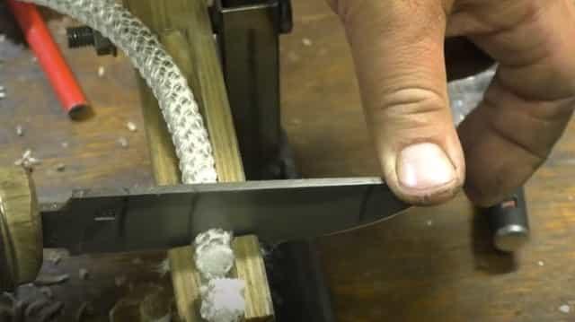 Самодельный острый нож из сверла времён СССР